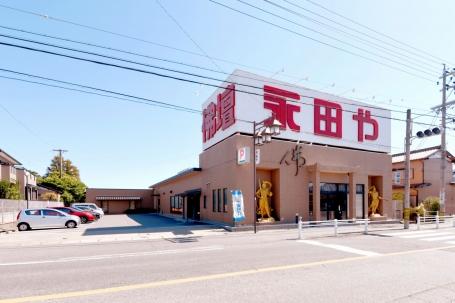 知立市弘法町にある店舗は大きな看板が目印