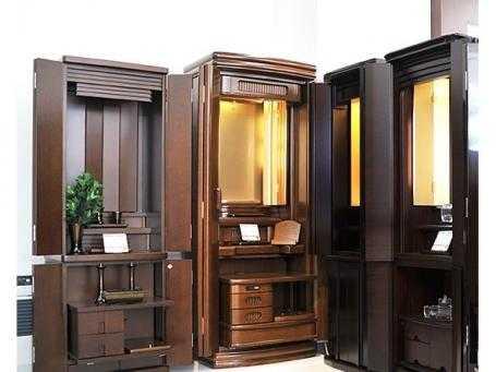 様々なサイズ・デザインを取り揃えた家具調仏壇はお部屋に合わせて選べます