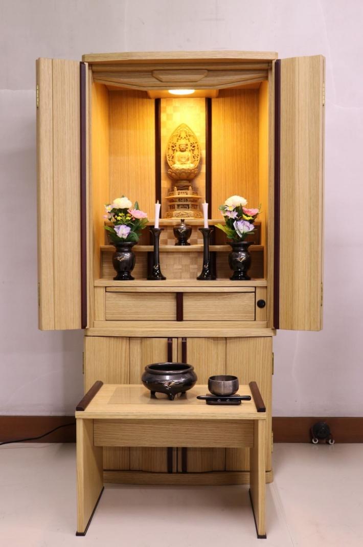 背板の市松模様が美しいタモのお仏壇